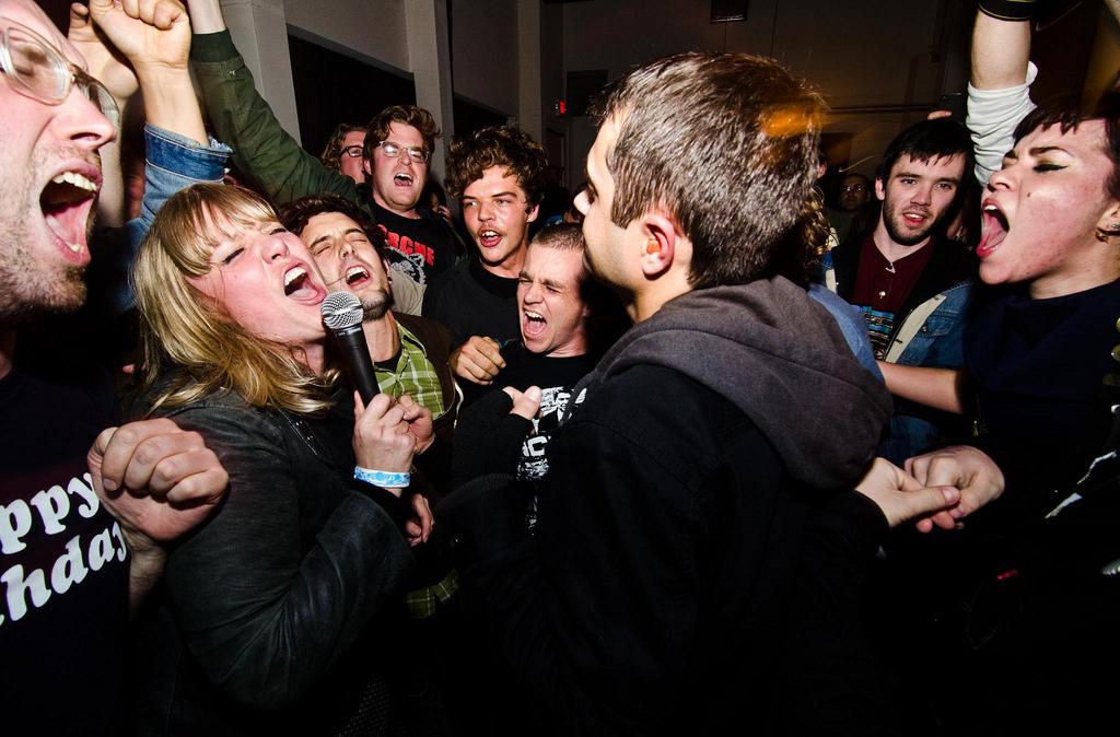 U+N Fest 2012 -Sick Weapons sing along