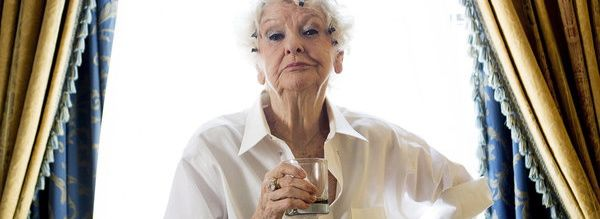 la-apphoto-theater-elaine-stritch-jpg-20140305