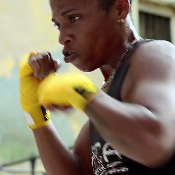 Boxeadora.jppg_-600x600