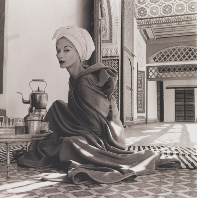 Irving Penn, Woman in Moroccan Palace (Lisa Fonssagrives-Penn), Marrakech, 1951, printed 1969, Smithsonian American Art Museum, Gift of the artist. Copyright © Condé Nast