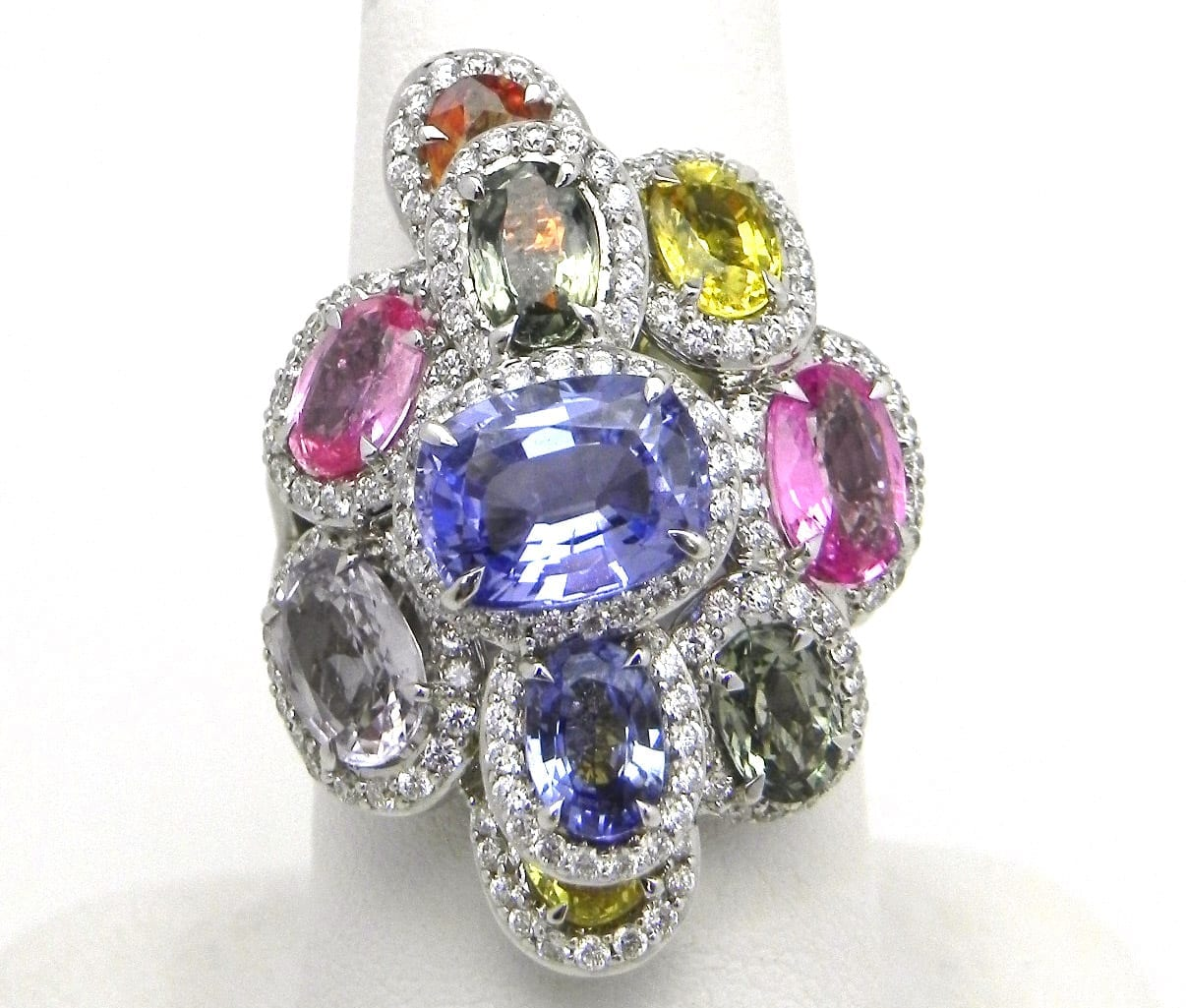 Ladies 18k White Gold 853 Cts Multi Colored Sapphire