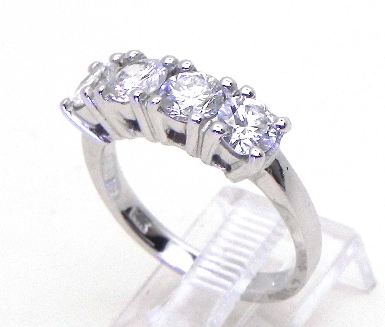 Ladies Diamond 14k White Gold 150 Cts 4 Stone Band Ring