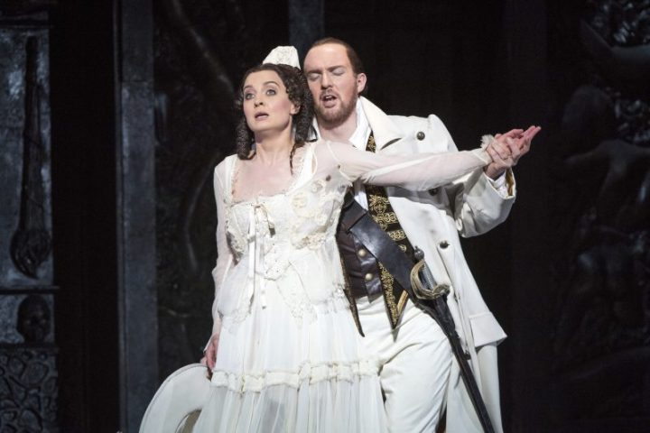 Libertine Don Giovanni seduces Southampton through song