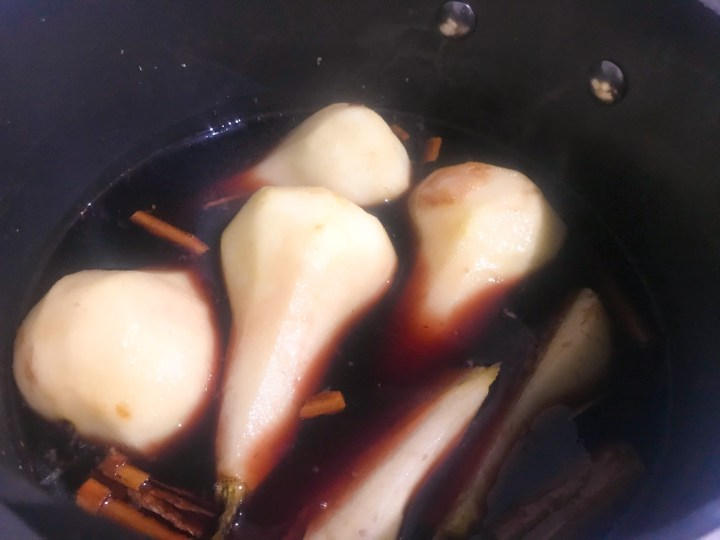 Winter Spiced Poached Pears