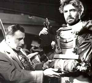 Richard Fleischer (left) with James Mason on the set of 20,000 Leagues Under the Sea
