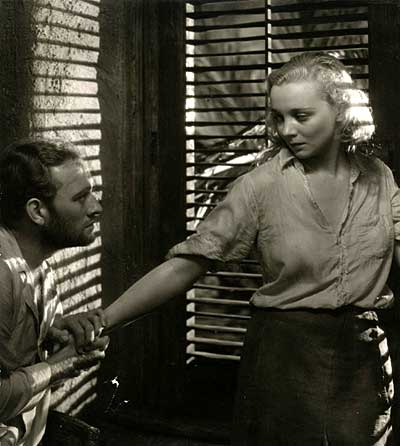 Conrad Nagel and Virginia Bruce in Kongo (1932)