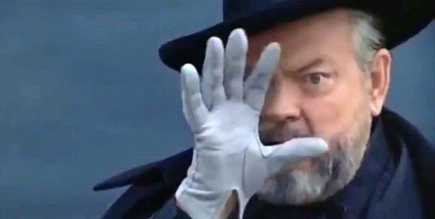 A screenshot of Orson Welles from F for Fake (1973)