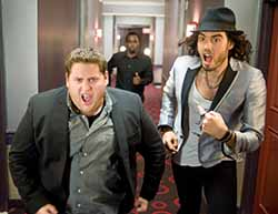 Jason Segel and Russell Brand in Forgetting Sarah Marshall