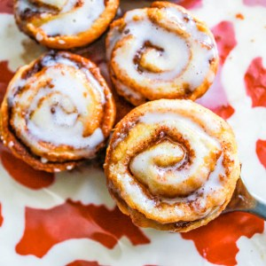 Mino cinnamon buns
