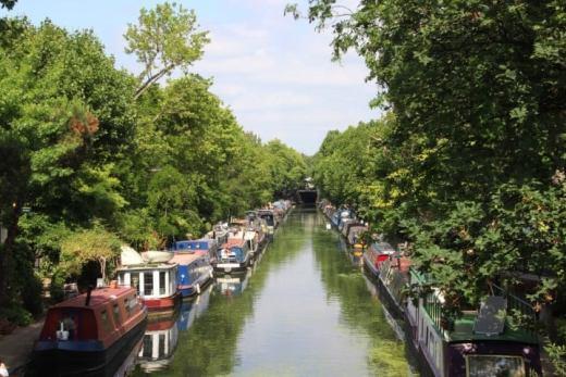 Walking Regents Canal London