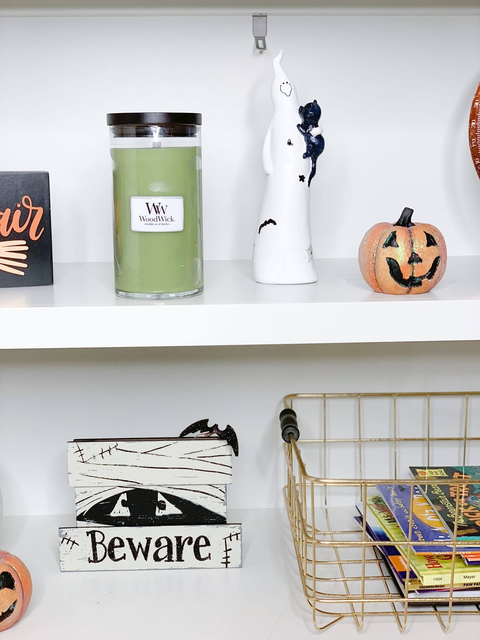 Check out the video to see a tour of michael's, gordman's, a. Get Spooky Decorating Your Shelves For Halloween Bright On A Budget