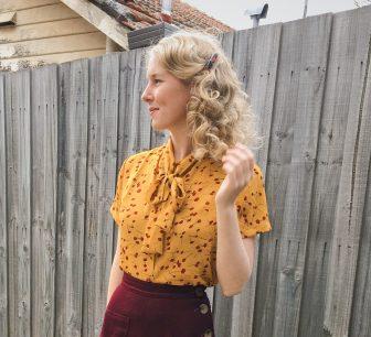 Trousers: Vivien of Holloway / Blouse: Elise Boutique