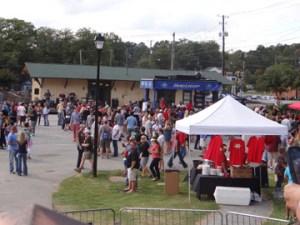 Crowd at 2014 Beerfest