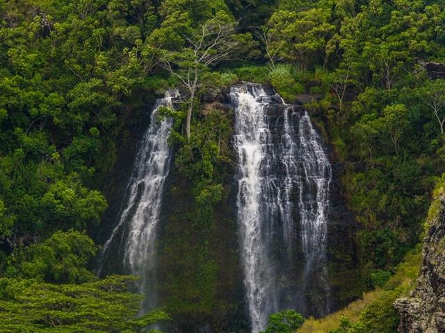hiking during Kauai presidents club trip