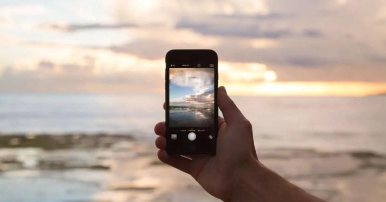 Qt 5.7 Alpha Mobile Phone
