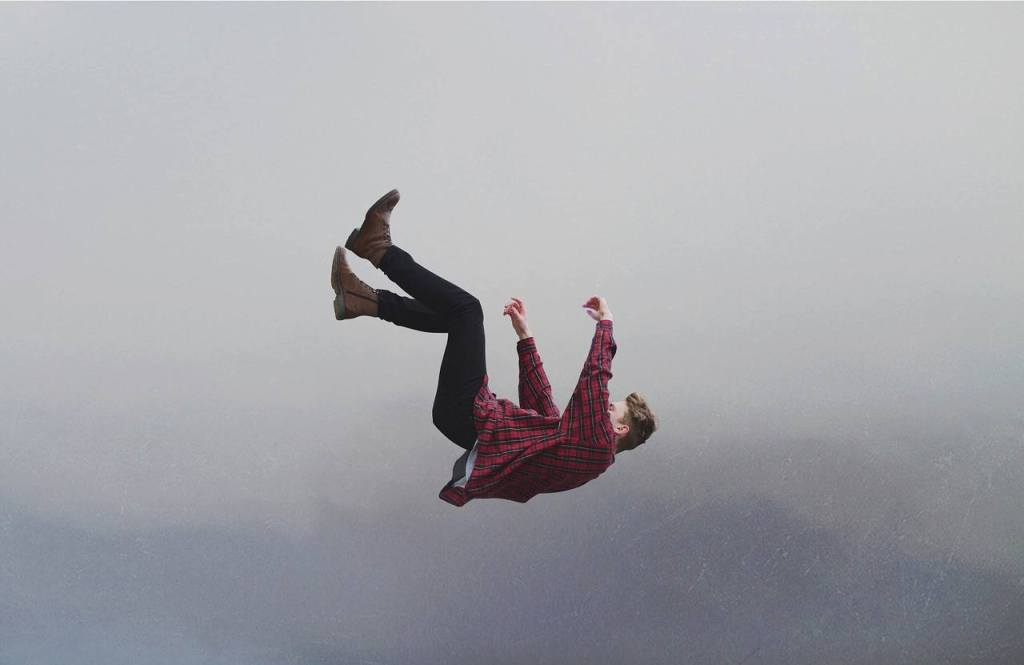 Falling image 1