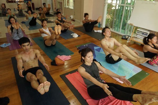 Ashtanga-Yoga-Teacher-Training-300hrs-Yoga-Alliance-Certification.-Thailand-2018-3