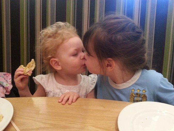 G&E kissing