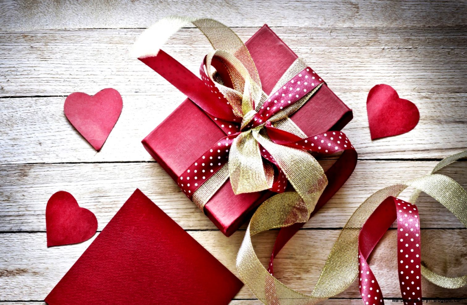 valentines-day-gift-box-ribbon-hearts-love-7014432