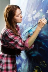 ladypainting_123rf