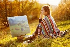 Woman_painting_123rf