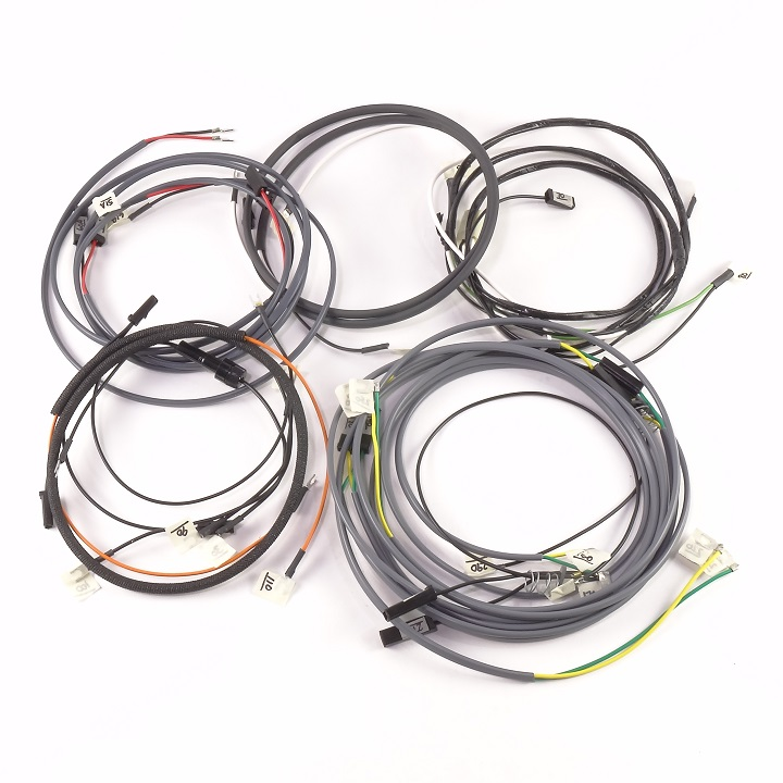 2017 4 Flat Wire Harness. Wire Lamp, Wire Nut, Wire Cap