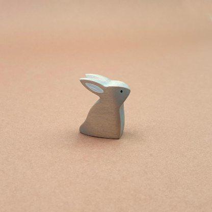 Lapereau gris assis