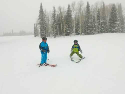 little boys skiing