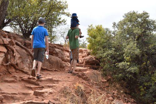 hiking with kids in arizona