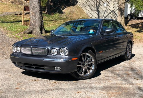 small resolution of 33k mile 2004 jaguar xjr for sale on bat auctions sold for 15 900 on august 20 2018 lot 11 755 bring a trailer