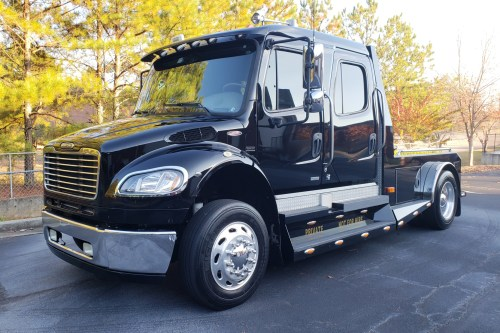 small resolution of no reserve 2007 freightliner m2 sportchassis for sale on bat auctions sold for 45 250 on january 4 2019 lot 15 351 bring a trailer
