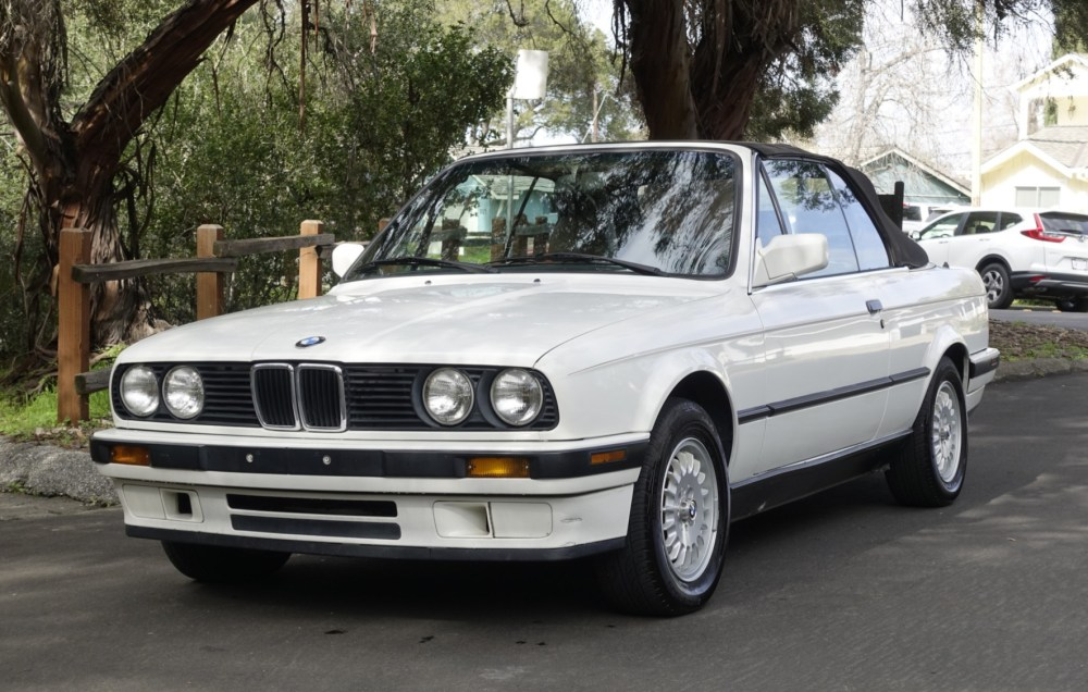 medium resolution of 1991 bmw 318i convertible 5 speed for sale on bat auctions sold for 9 000 on march 29 2019 lot 17 499 bring a trailer