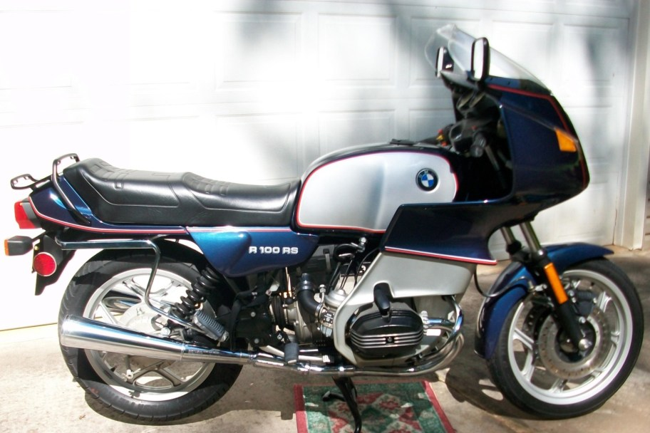 2-Mile 1992 BMW R100RS Motorcycle