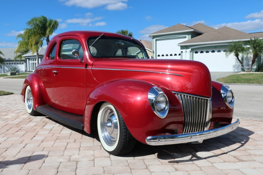 Custom 1939 Ford DeLuxe Coupe
