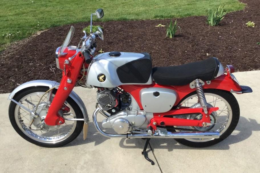 1961 Honda CB92 Benly w/CYB Race Kit