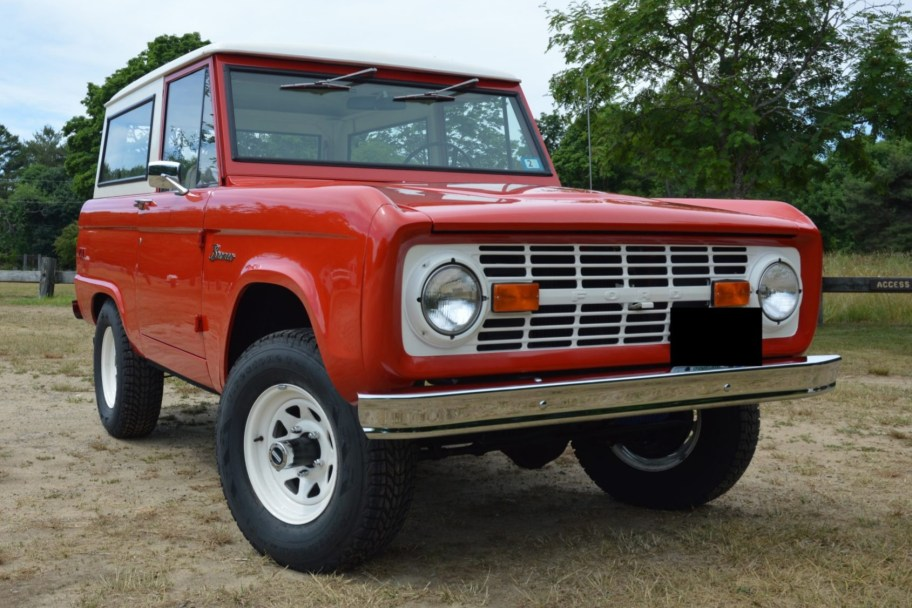 1973 Ford Bronco 3-Speed