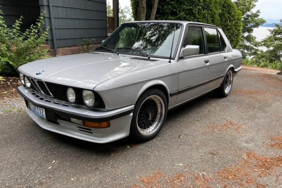 3.5L-Powered 1983 BMW 525i 5-Speed