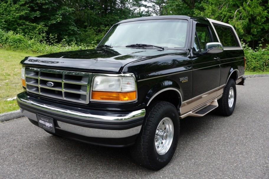No Reserve: 1996 Ford Bronco Eddie Bauer
