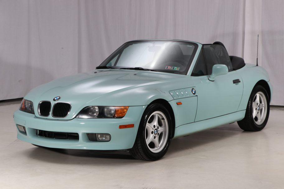No Reserve: 1998 BMW Z3 5-Speed