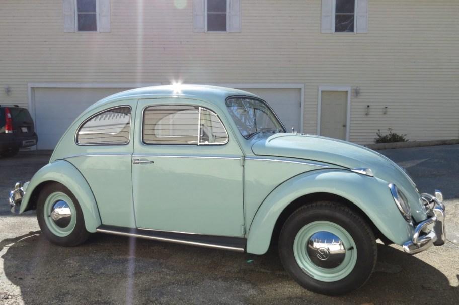 No Reserve: 1961 Volkswagen Beetle