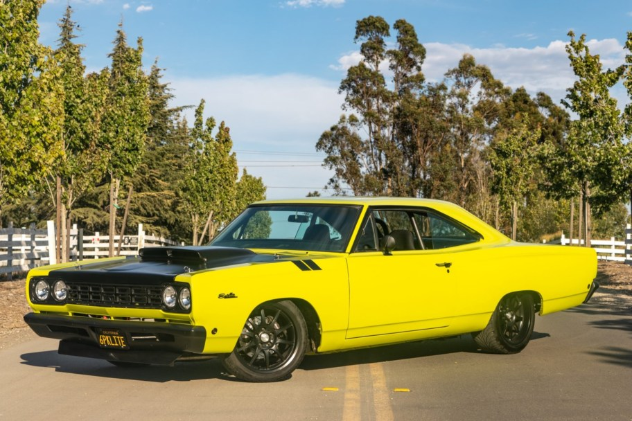 Modified 1968 Plymouth Satellite 4-Speed