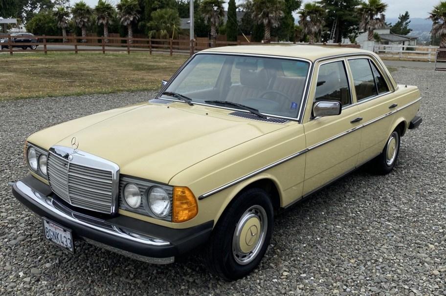 No Reserve: 1977 Mercedes-Benz 300D