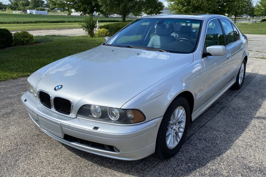 No Reserve: 2002 BMW 530i