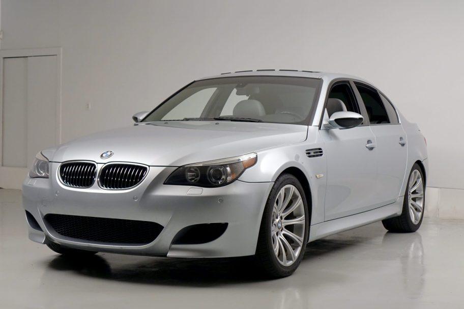 No Reserve: 2006 BMW M5