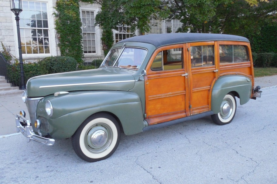 1941 Ford Super Deluxe Woodie Station Wagon