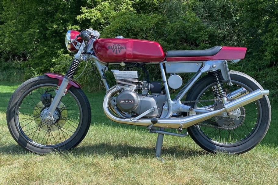 Modified 1974 Suzuki GT185 Adventurer