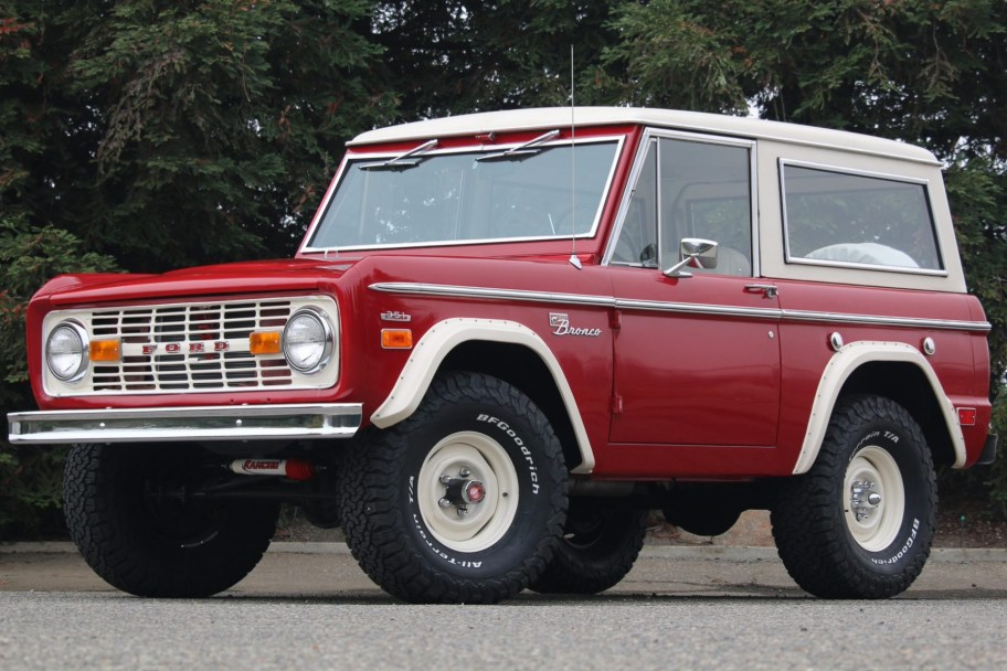 351-Powered 1969 Ford Bronco Sport 3-Speed