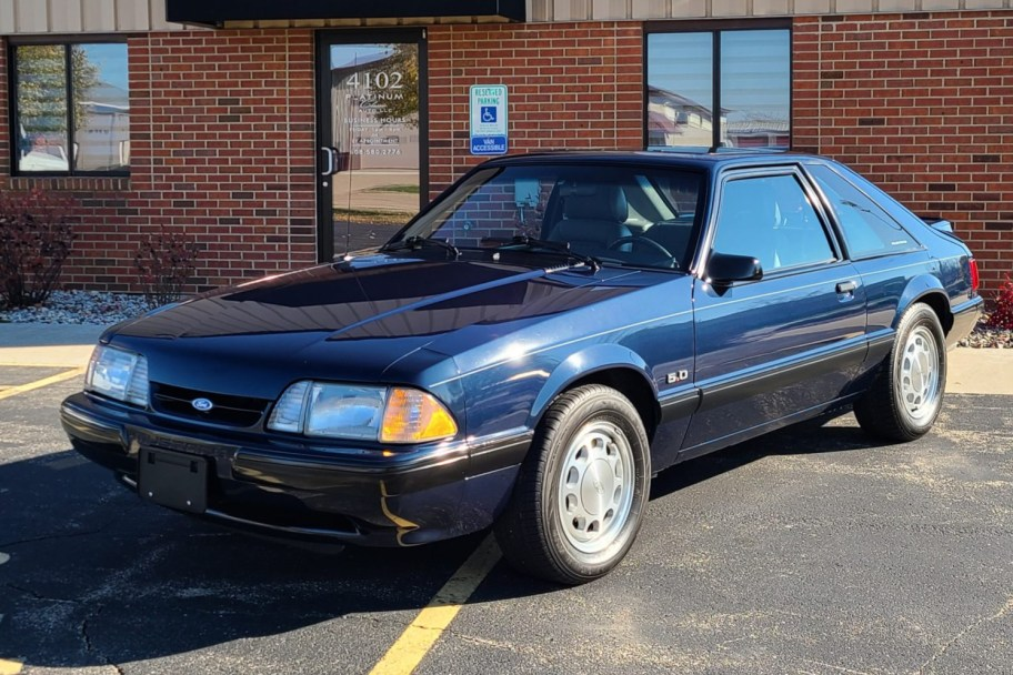 1989 Ford Mustang LX 5.0 5-Speed