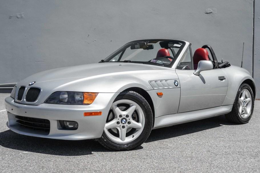 No Reserve: 22k-Mile 1999 BMW Z3 2.8 5-Speed
