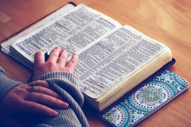 How to Find Time to Read Your Bible